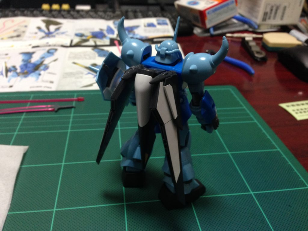HG 1/144 ZGMF-2000 グフイグナイテッド(量産機) [GOUF Ignited Mass Production Colors] 背面