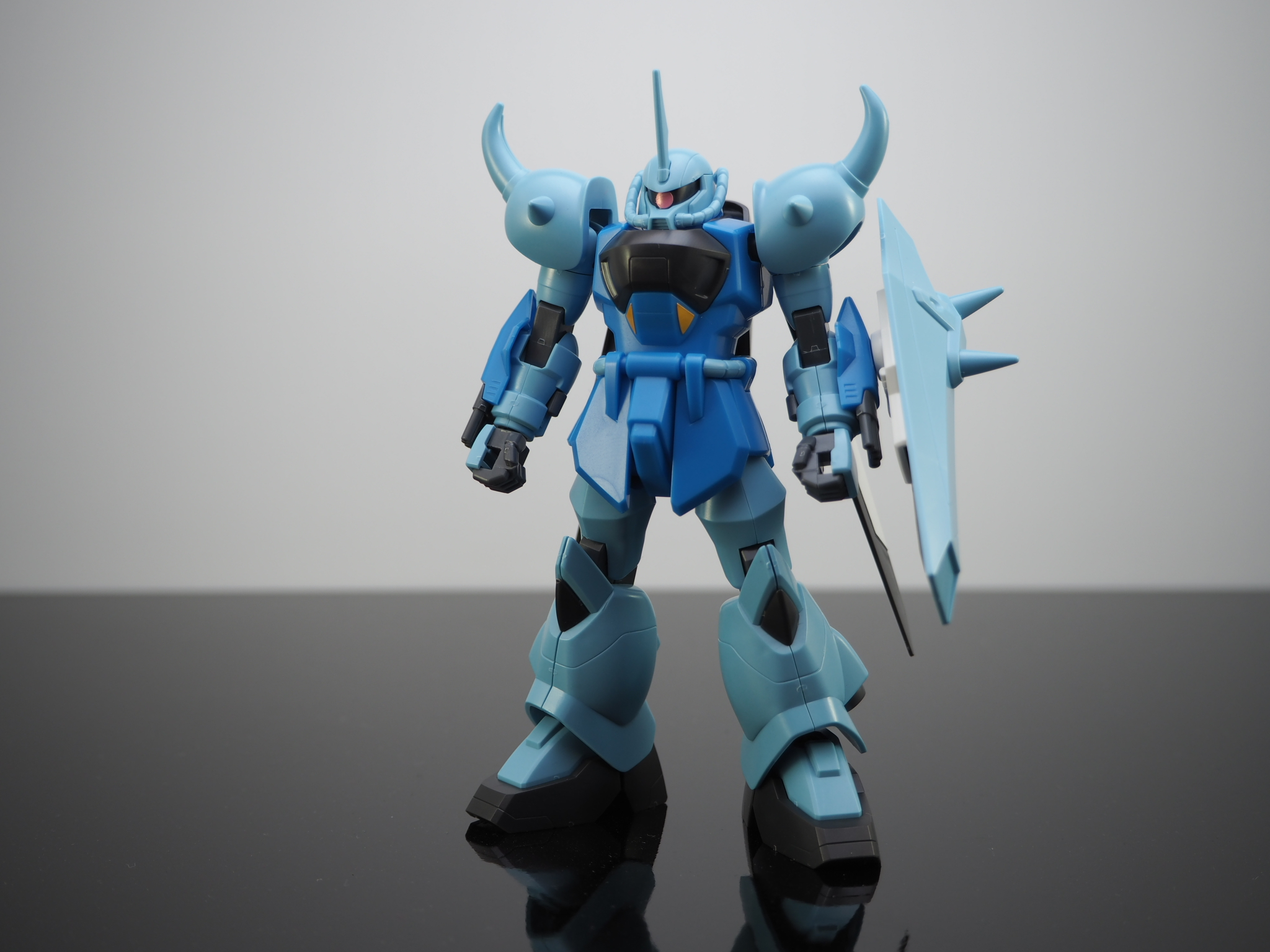 HG 1/144 ZGMF-2000 グフイグナイテッド(量産機) [GOUF Ignited Mass Production Colors]