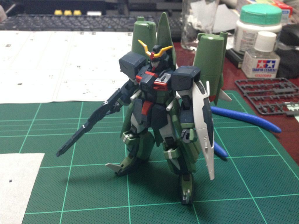 HG 1/144 ZGMF-X24S カオスガンダム [Chaos Gundam] 正面