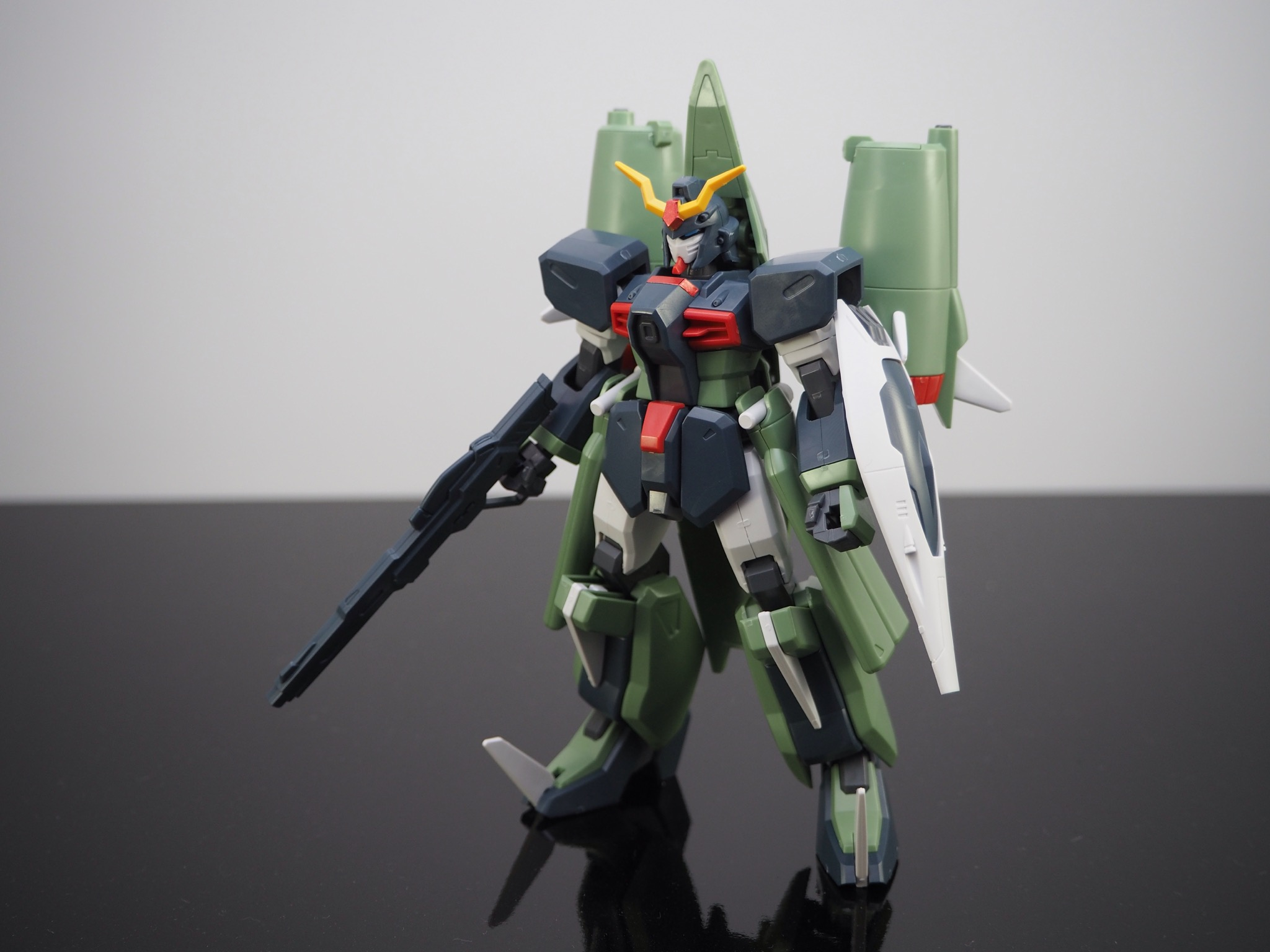 HG 1/144 ZGMF-X24S カオスガンダム [Chaos Gundam]