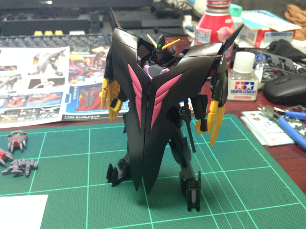 HGBF 1/144 RX-END ガンダム・ジ・エンド 正面