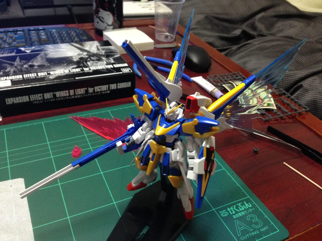 """HGUC 1/144 V2ガンダム用拡張エフェクトユニット""""光の翼"""" [Expansion Effect Unit """"Wings of Light"""" for Victory Two Gundam] 背面"""