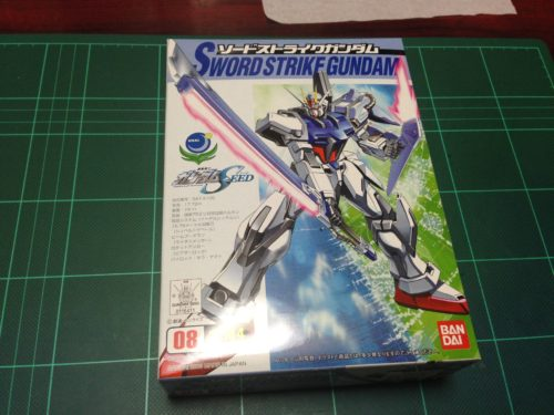コレクションシリーズ 1/144 GAT-X105 ソードストライクガンダム [Collection Series Sword Strike Gundam]