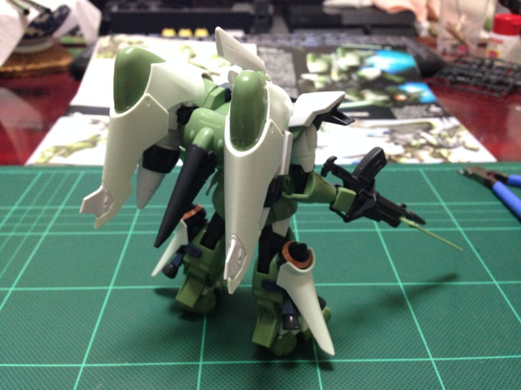 HG 1/144 ZGMF-1017M ジンハイマニューバ 背面