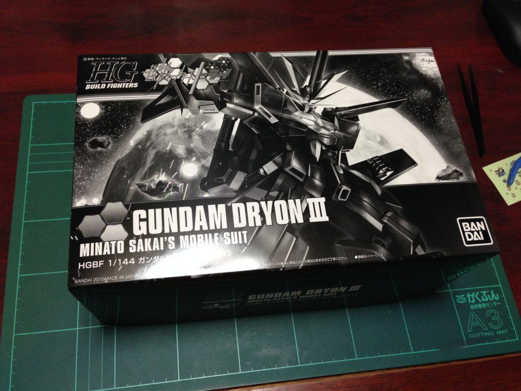 HGBF 1/144 煌黒機動 ガンダムドライオン3 パッケージ