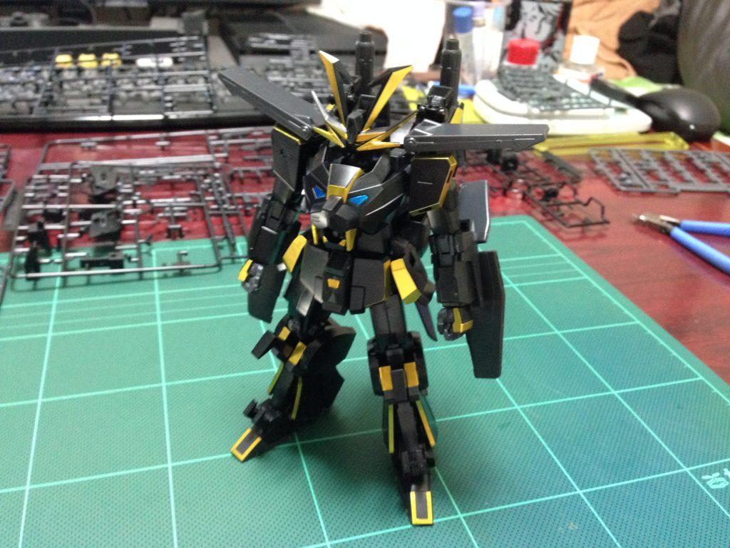 HGBF 1/144 煌黒機動 ガンダムドライオン3 正面