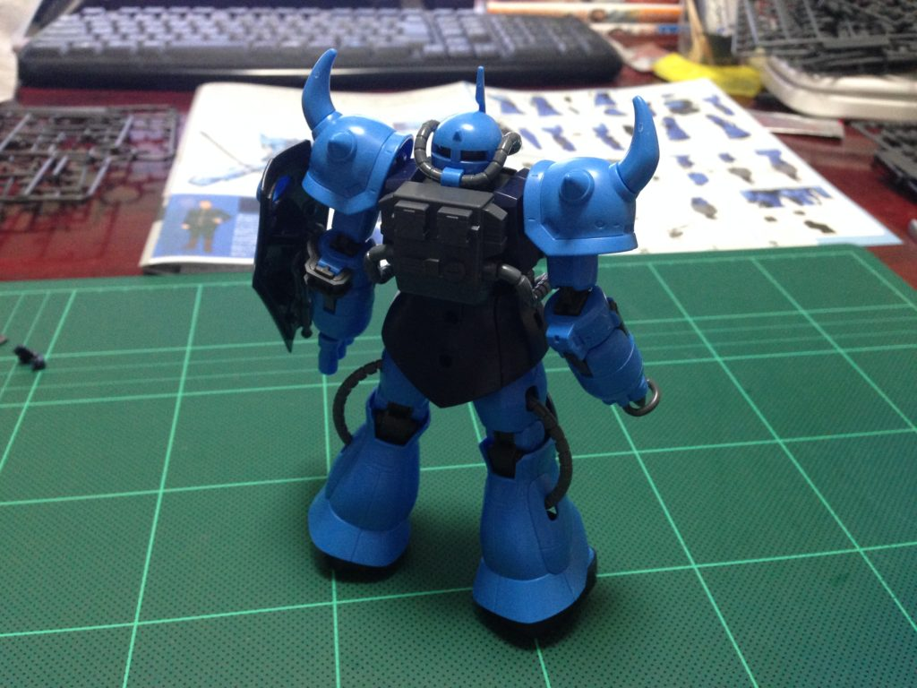 HG 1/144 YMS-07B-0 プロトタイプグフ(戦術実証機) 背面