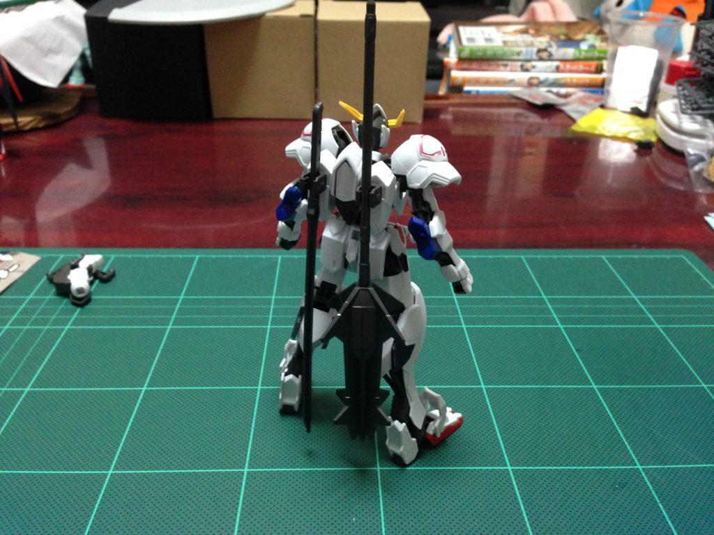 HG 1/144 ASW-G-08 ガンダムバルバトス [Gundam Barbatos] 背面