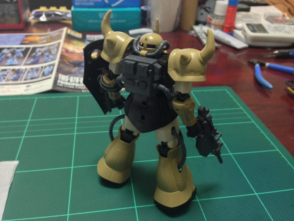 HG 1/144 YMS-07A-0 プロトタイプグフ(機動実証機サンドカラーVer) [Prototype Gouf (Mobility Demonstrator Sand Color)] 背面