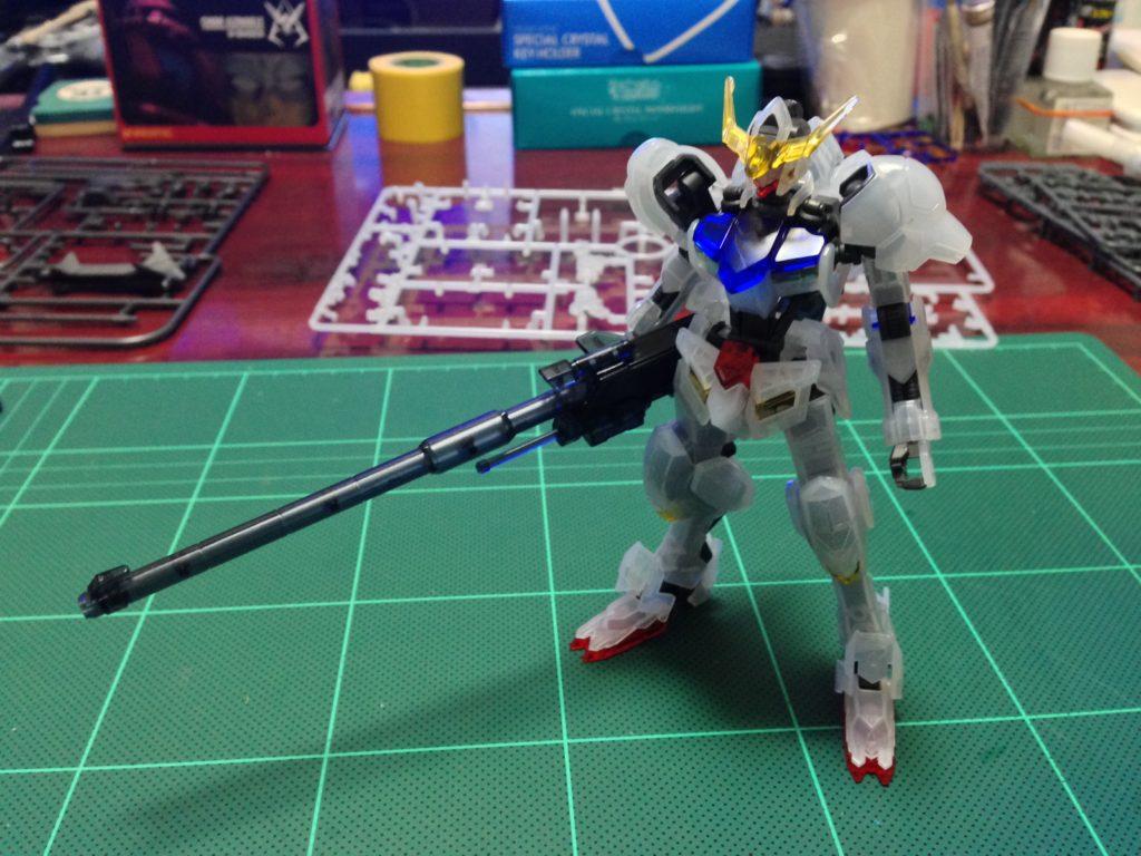 HG 1/144 ガンダムバルバトス 滑空砲装備(クリアカラーVer.) 正面
