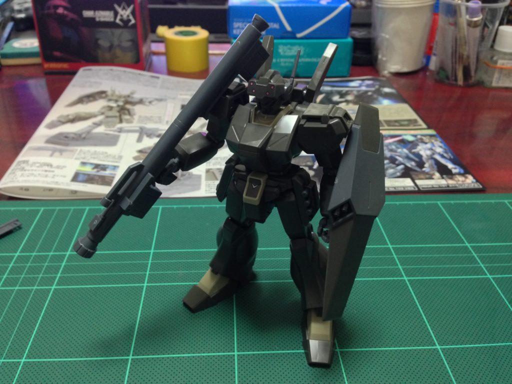 HGUC 1/144 RGM-89De ジェガン(エコーズ仕様) 正面
