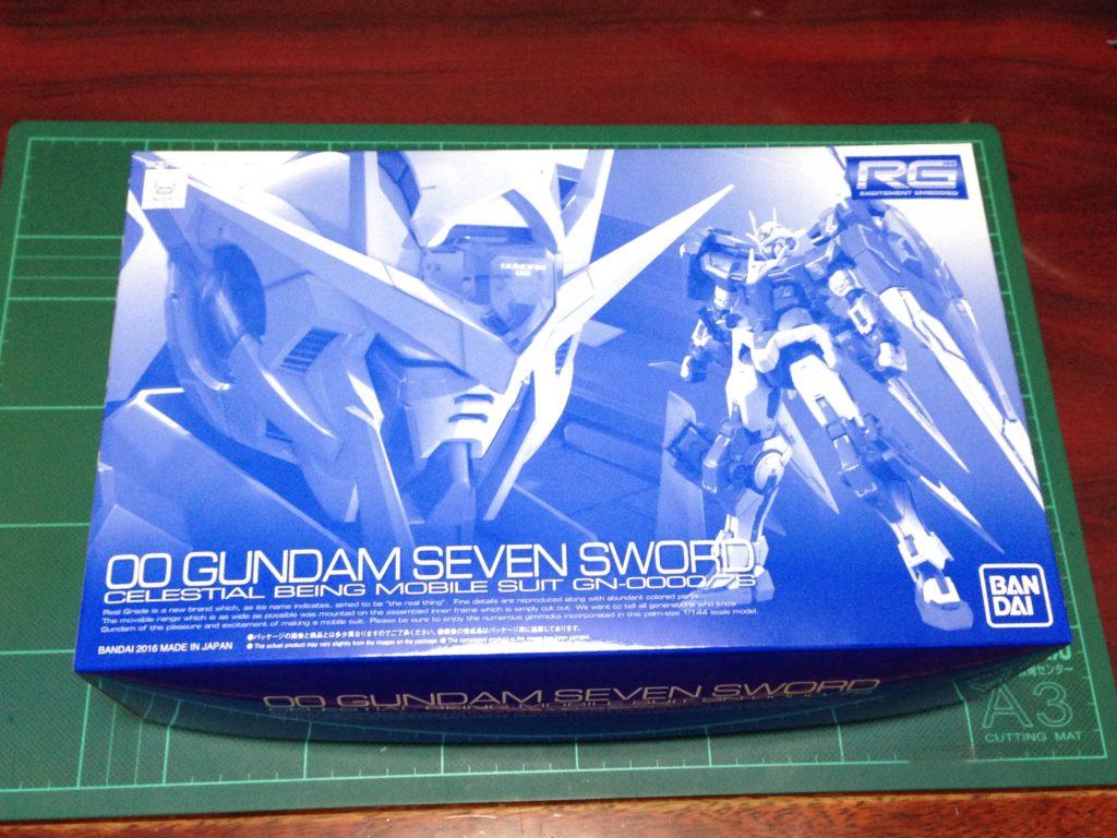 RG 1/144 GN-0000/7S ダブルオーガンダム セブンソード [00 Gundam Seven Sword] 4549660136798 パッケージ