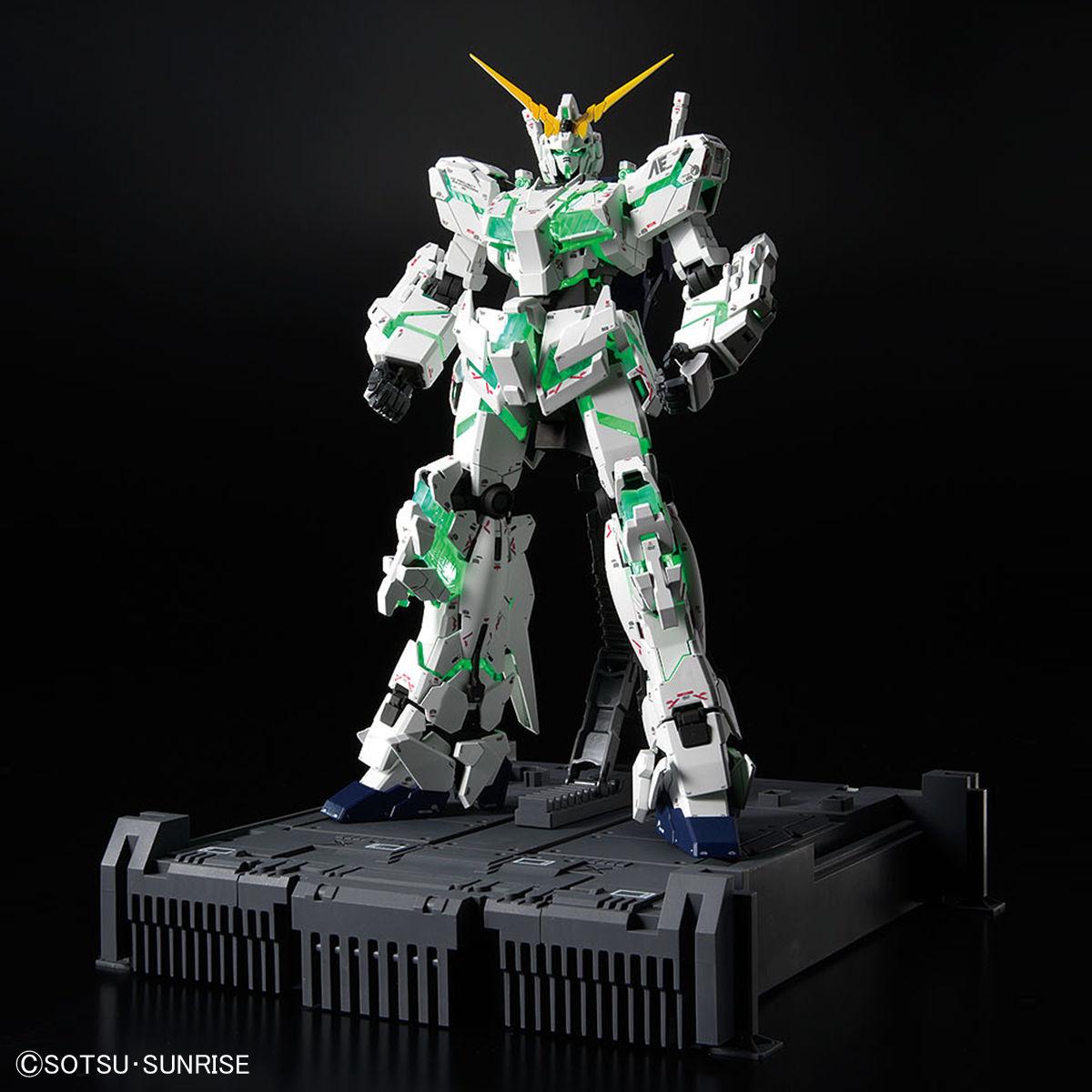 MGEX 1/100 ガンダムベース限定 ユニコーンガンダム Ver.TWC
